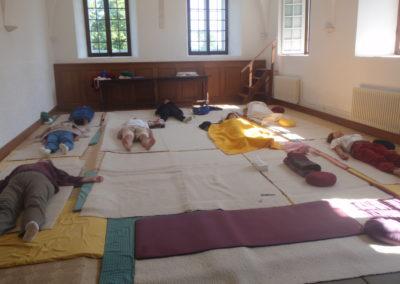 Livre jeûne, salle yoga et relaxation